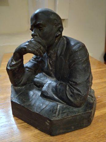 Скульптура Леніна (В.И. Ленин))