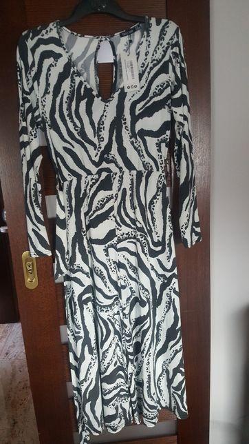 Kombinezon zebra print zwierzęcy M Boohoo długi rękaw
