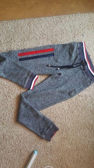 Spodnie dresowe paparazzi