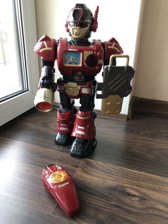 Робот на пульте Hap-P-Kids, не был в использовании