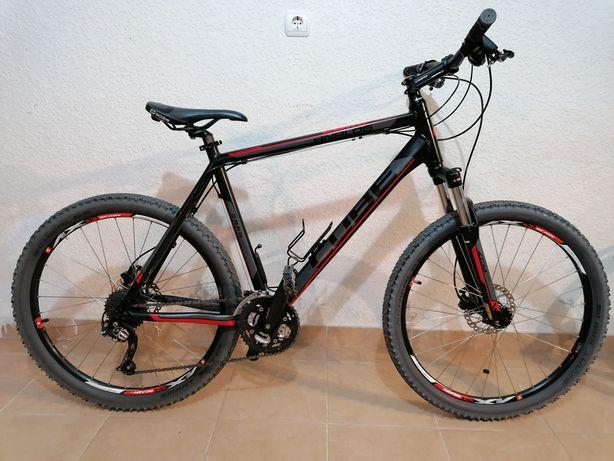 Bicicleta Cube Analog Comp impecável quadro 22'