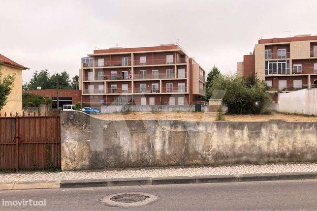 Venda: Terreno para construção em altura, Rua Vasco da Gama, centro de