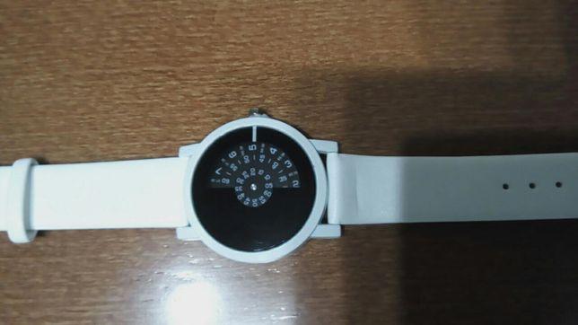Relógio de mulher.