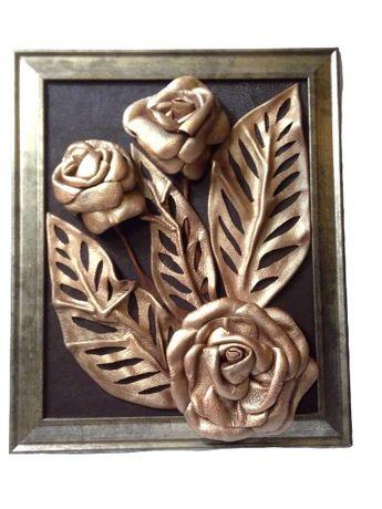 Картина из натуральной кожи бронзовые розы, ручная работа.