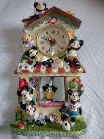 Zegar stojący z wahadłem Mickey Mouse