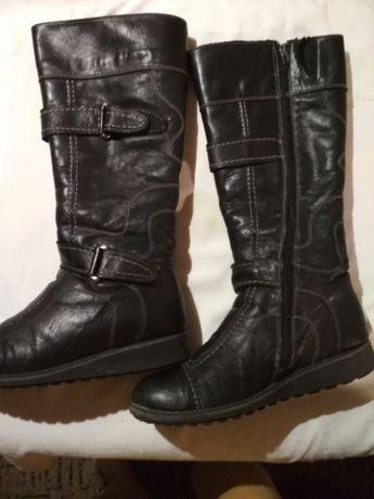 продам зимові чобітки з натуральної шкіри
