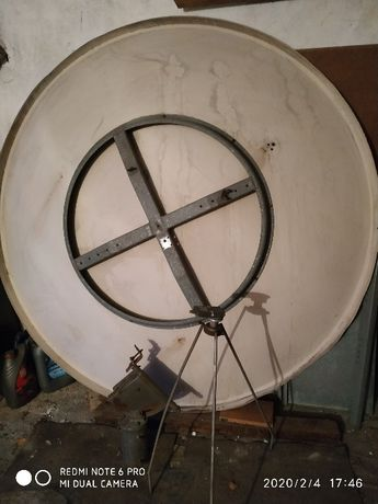 Антенна спутниковая 1,8м