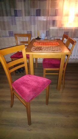Stół z 4 krzeslami