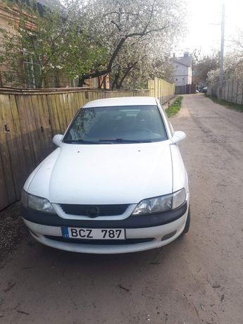 Запчасти на Opel Vectra B