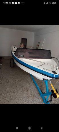 Barco com 2 motores . NAO PAGA IMPOSTO