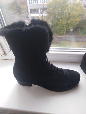 Жіноче взуття 28см, 44розміру