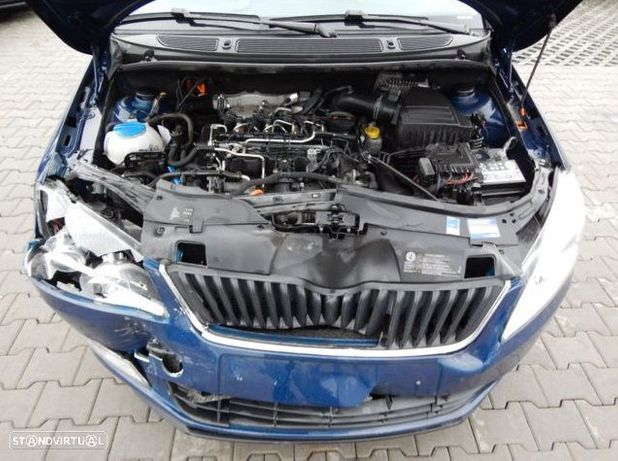 Motor Skoda Yeti Superb Octavia Roomster Rapid 1.6Tdi 105cv CAYC CAYB Caixa de Velocidades Arranque