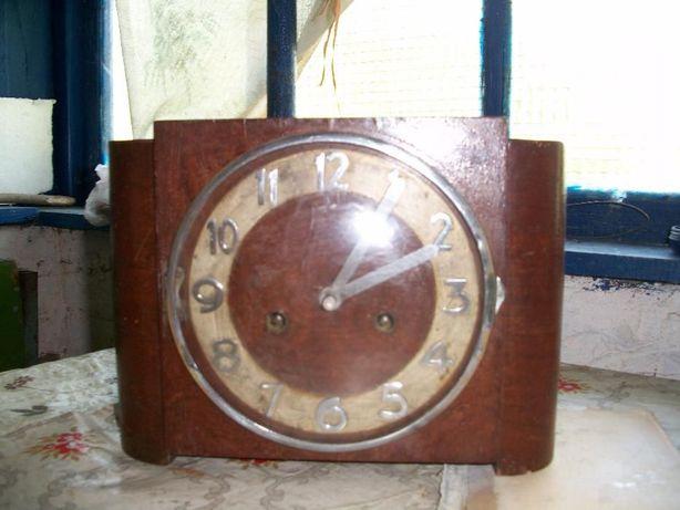 "Старинные часы ""Gustav Becker""."