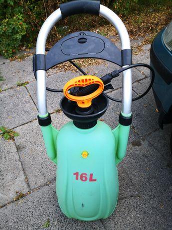 Opryskiwacz 16 litrów na kółkach 1/4 CENY