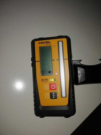 Niwelator Nivel System RD700