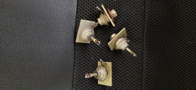 4 Diodos retificadores 300V 10A USSR