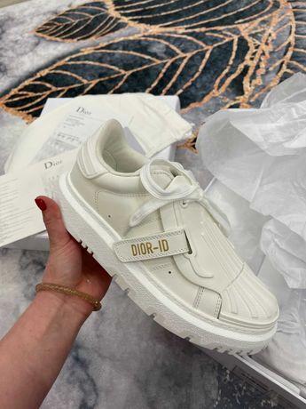 DIOR белые кроссовки натуральная кожа коллекция весна -лето 2021