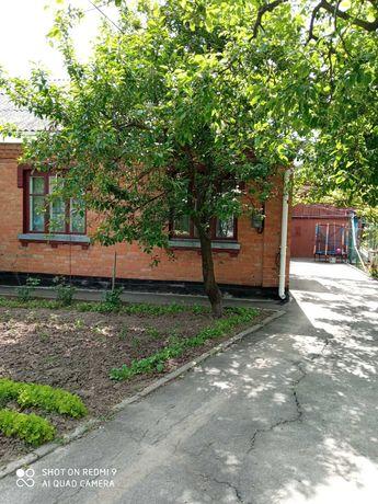 Продам частину будинку, Старе місто, 3 кімнати, 4 сотки землі, гараж!