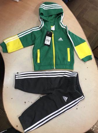 Продам дитячий спортивний костюм adidas performance