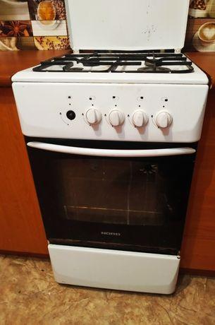 СРОЧНО! Хорошая газовая плита с духовкой NORD,кухня,мебель. Доставка