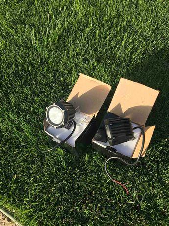 Комплект светодиодных фара искателей 12В  / садовых прожекторов
