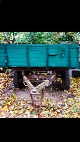 Причіп до трактора