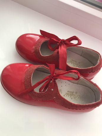 Туфельки  кожаные 28р Туфлі шкіряні.