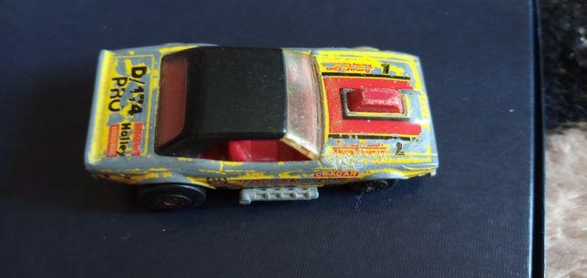 Matchbox Dodge Challenger z 1975 roku