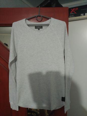 Белый свитер на подростка