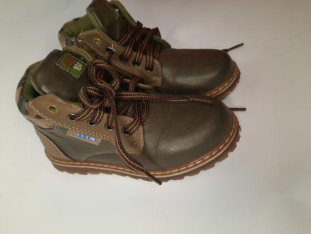 Ботинки демисезонные  для мальчика 29р.