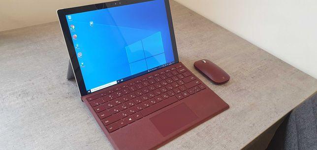 Microsoft Surface Pro 4 -Intel i7 / 16GB / 256GB SSD +Клавиатура +Мышь