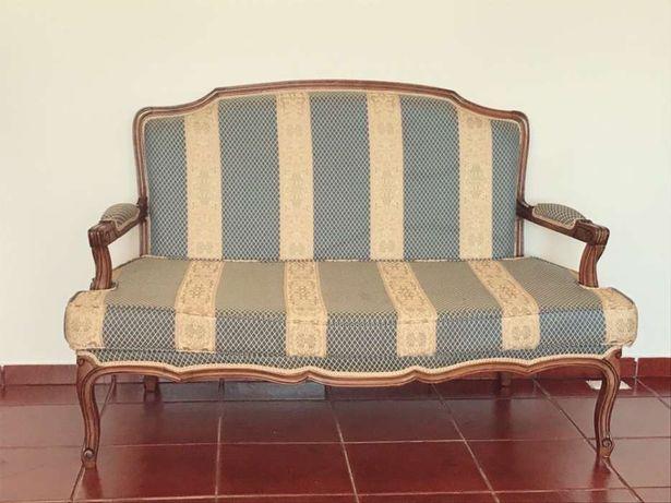 Canapé semi-novo