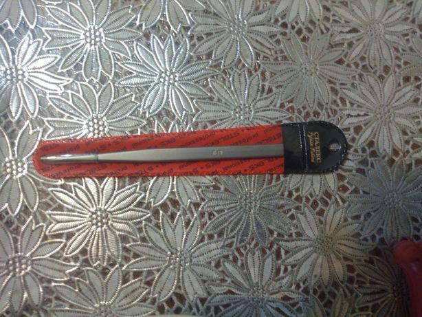 Пинцет для ресниц 400 р.