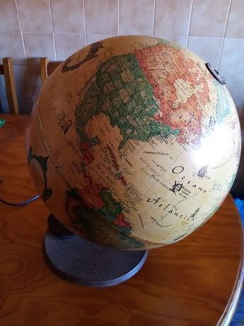 Vendo globo grande como novo