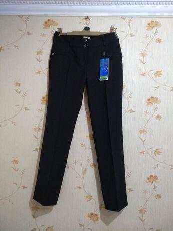 Штани брюки утеплені р. 50-52.
