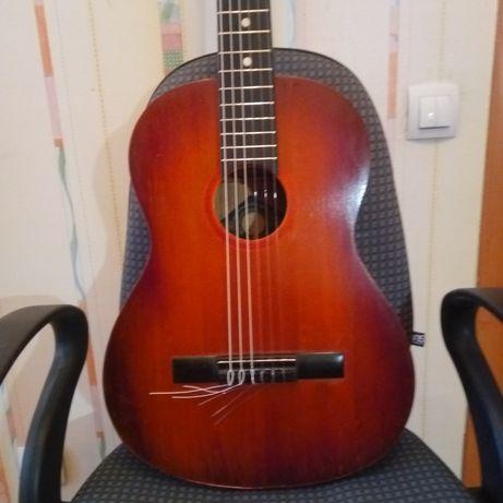 Музыкальный гитарный,скрипичный мастер