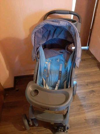 Дитяча коляска в використані майже не була