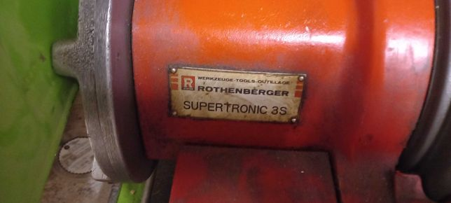Maquina de roscar rothenberger supertronic 3s