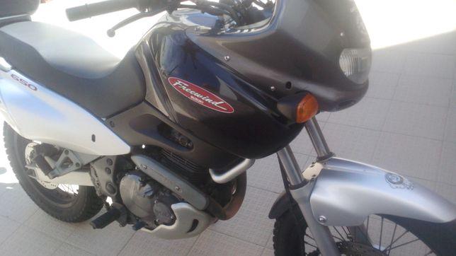 Suzuki Freewind 650 cc