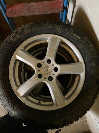 Коплект шин і дисків 215065 R17 Volkswagen Tiguan 2016-2020 р.