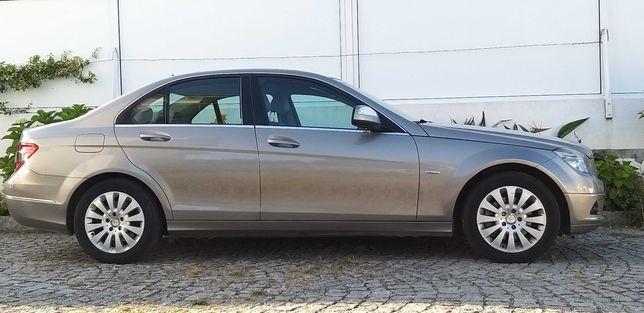 OPORTUNIDADE!! Mercedes Benz C220 Cdi Cx Automática 170 cv - 125000Km