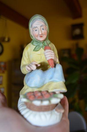 Figurka staruszka babcia biskwit