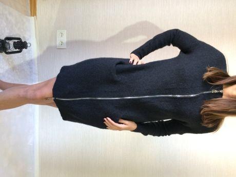 Трикотажное шерстяное платье шерстяной свитер