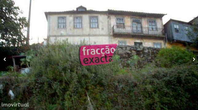 Moradia histórica com vista ao Douro