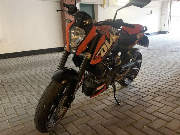 2011 KTM DUKE 125 kat. B stan bdb