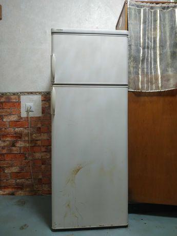 Холодильник Privileg, б/у