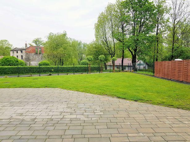 Mieszkanie z ogródkiem, segment ze strychem do adaptacji 87,8 + 26,4 m