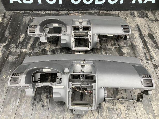 Торпедо Торпеда Vw Тоуран Передняя Панель Volkswagen Touran