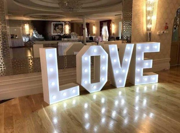 Napis Ledove Love, cyfry, foto ścianka