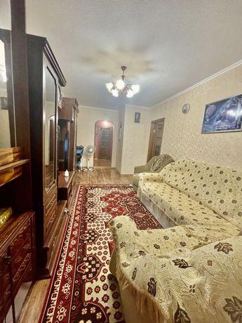 Продажа трехкомнатной квартиры на улице Гмырева район маг.Рассвета